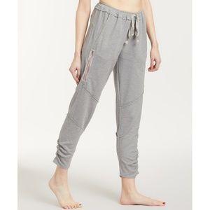 NEW FP Runaway Pants Sweatpants Sweats Joggers M